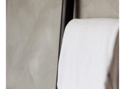 Middle Cast Catalogue Contemporary Linens - Bathrooms 4